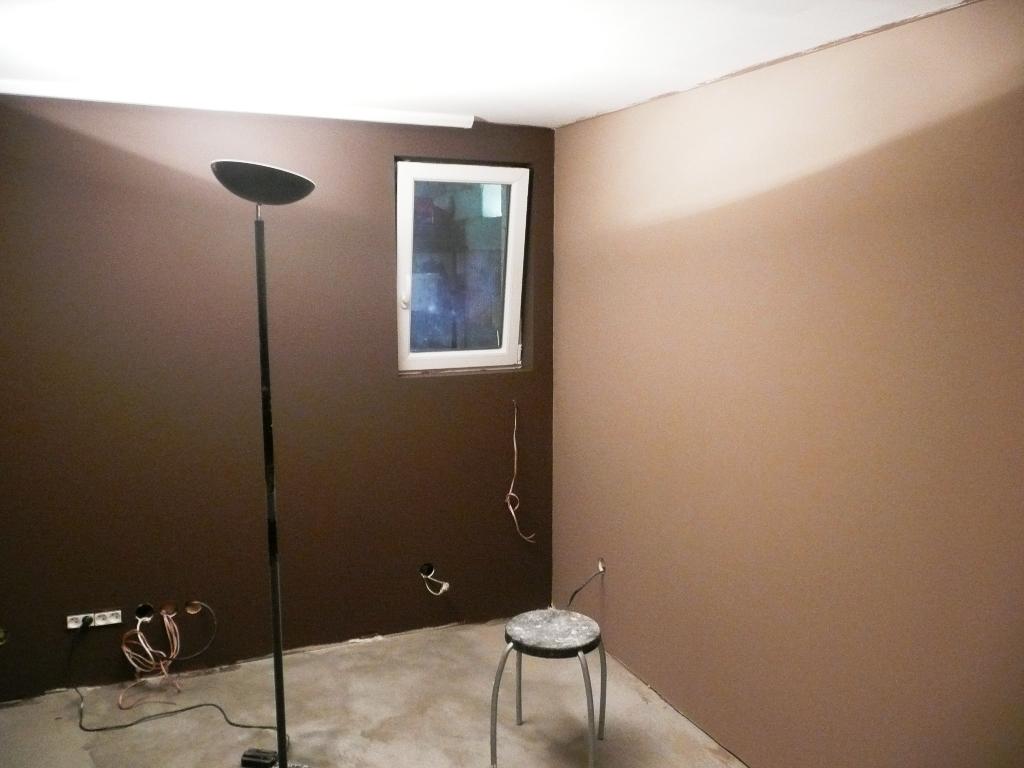 Couleur Chocolat Mur - Alamode-furniture.com